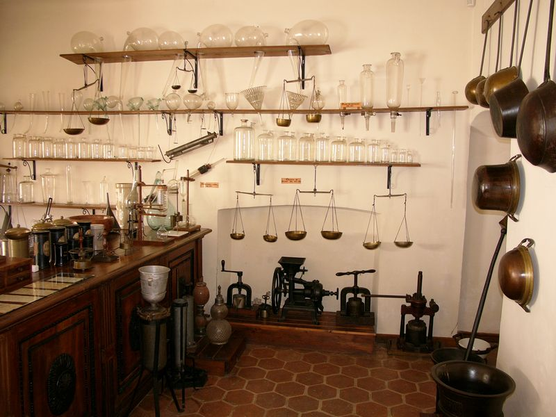 muzeul_farmacie_3