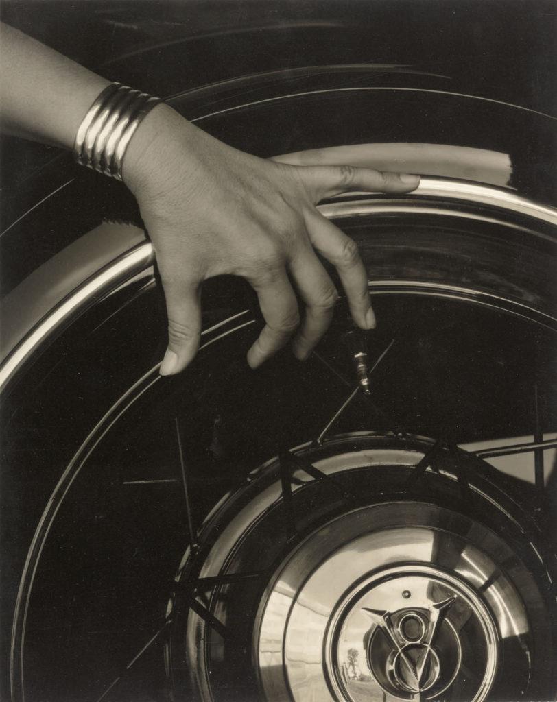 10332-Alfred-Stieglitz-Georgia-OKeeffe-Hand-and-Wheel-812x1024