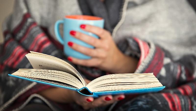 بزرگسالان کتابهای کاغذی را به الکترونیکی ترجیح میدهند