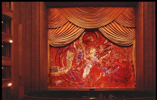 پرده بزرگ اپرای فلوت سحر آمیز اثر شاگال احتیاج به یک خانه جدید با سقف بلند و صاحبی ثروتمند دارد