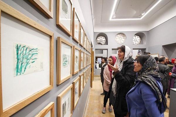 نمایشگاه کرنش به حافظ به بوشهر رسید