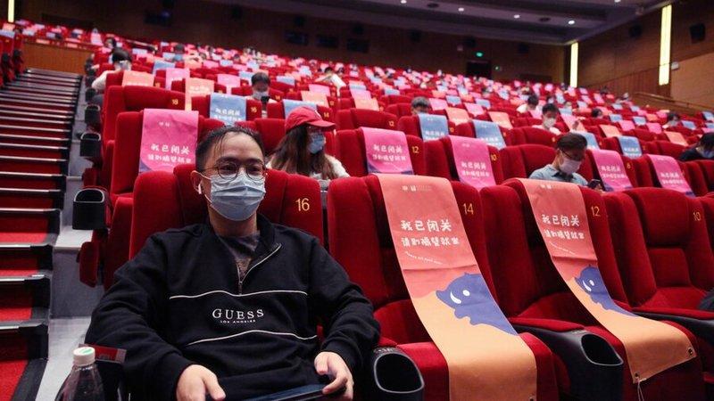 کاهش ۵۰ درصدی ظرفیت سینماهای پکن