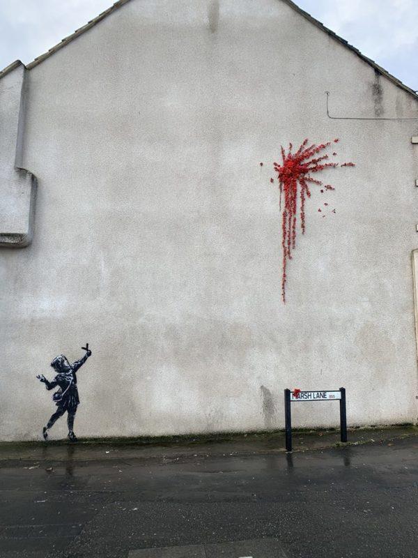 اثری جدید از بنکسی بر دیواری ساختمانی در بریستول انگلیس