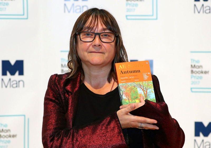 بهترین رمان سیاسی سال ۲۰۲۱ و برنده جایزه ادبی اورول انتخاب شد