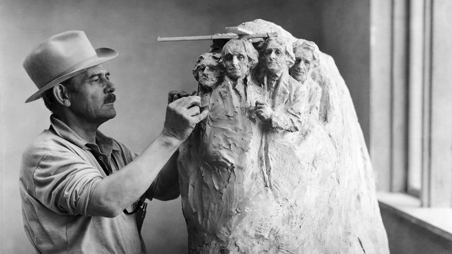 Monuments_6_Borglum-in-Studio_Getty