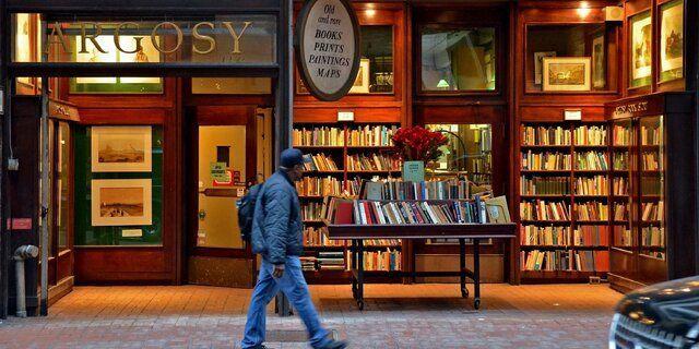 درآمد باورنکردنی بازار کتاب در سال ۲۰۲۱