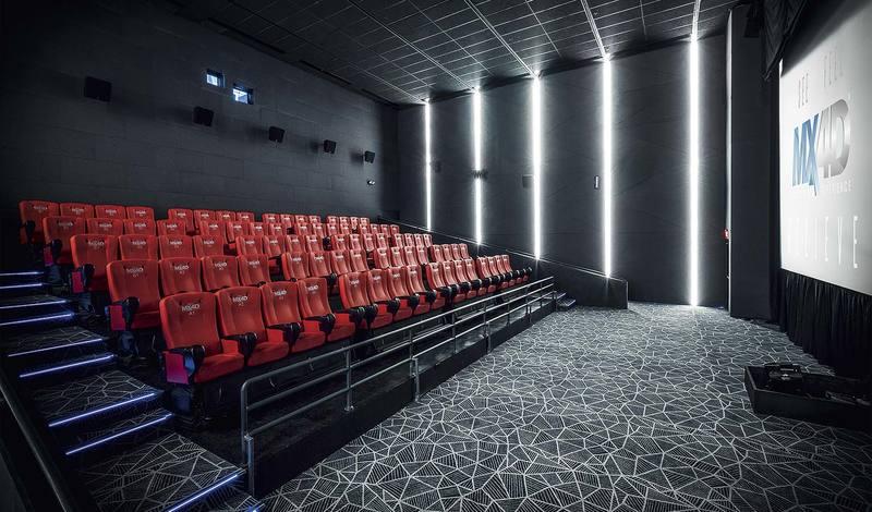 مخالفان و موافقان نمایش آنلاین فیلمهای اکران نشده چه میگویند؟