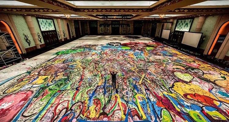 بزرگترین نقاشی جهان برای خیریه در دبی به حراج گذاشته میشود