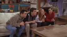 صدای خنده در سریالهای کمدی از کجا میآید؟