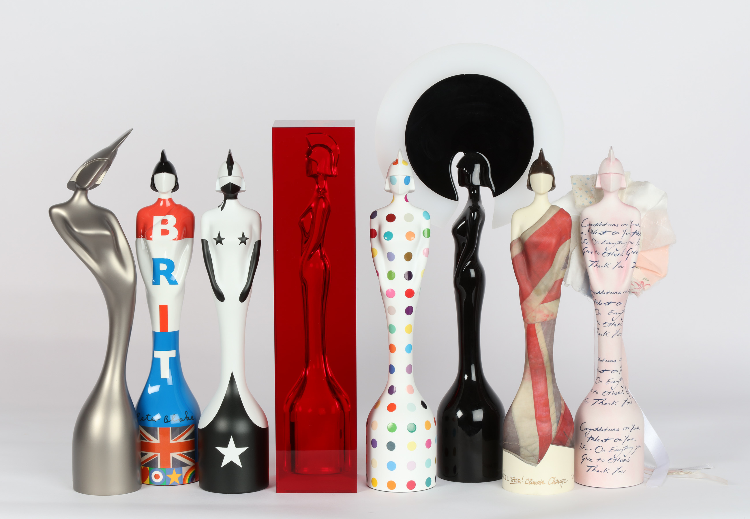 جایزه موسیقی بریت به تعویق افتاد