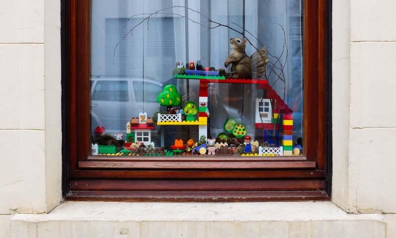 پنجرههای بلژیک دریچهای برای امید و قدرانی روزهای قرنطینه
