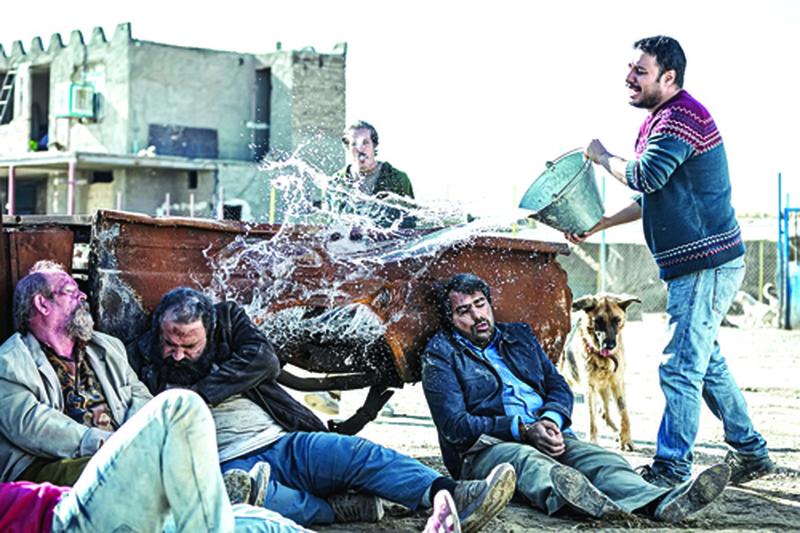 «شنای پروانه» ۳۵۰ میلیونی شد/ بهترین آمار فروش اکران دوران کرونا همچنان برای فیلم محمد کارت