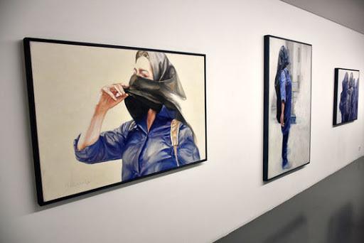چرا هنرمندان زن در ایران با وجود فعالیت مستمر کمتر مورد توجه قرار میگیرند؟